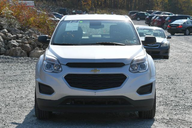2017 Chevrolet Equinox LS Naugatuck, Connecticut 7