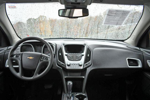 2017 Chevrolet Equinox LS Naugatuck, Connecticut 14