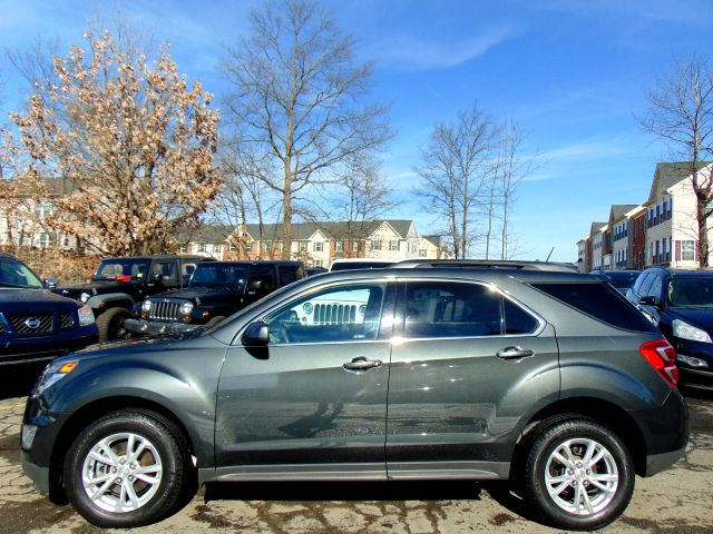 2017 Chevrolet Equinox LT in Sterling, VA 20166