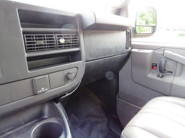 2017 Chevrolet Express Cargo Van Batesville, Mississippi 26