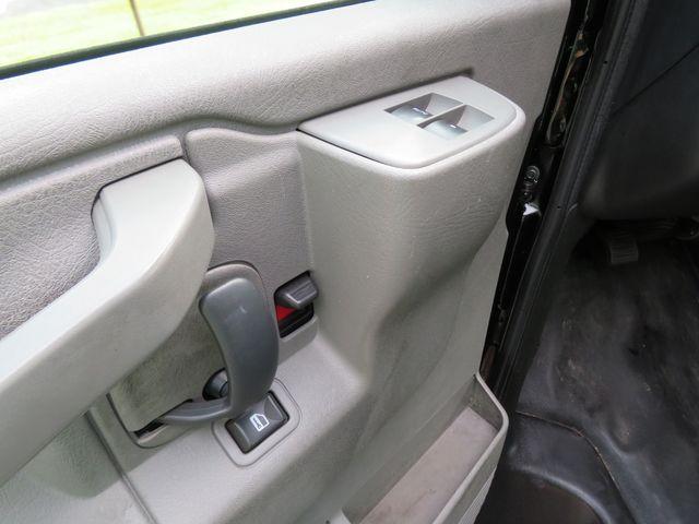 2017 Chevrolet Express Cargo Van Batesville, Mississippi 19