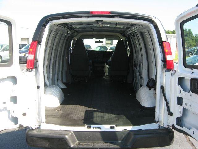 2017 Chevrolet Express Cargo Van G2500 Richmond, Virginia 16