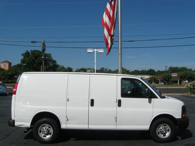 2017 Chevrolet Express Cargo Van G2500 Richmond, Virginia 4