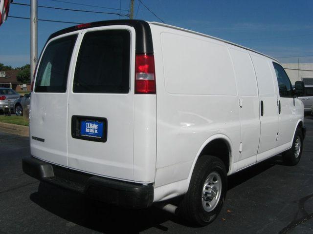 2017 Chevrolet Express Cargo Van G2500 Richmond, Virginia 5