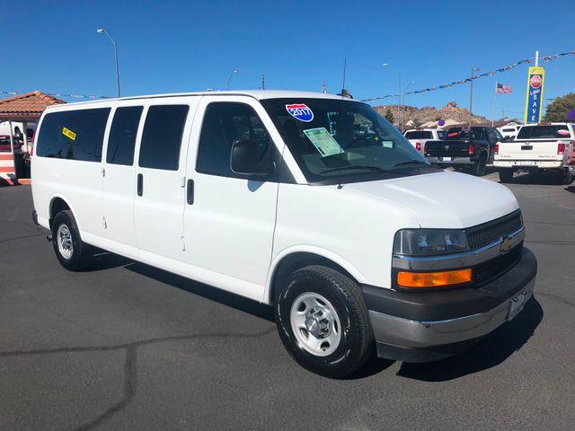 2017 Chevrolet Express Passenger LT