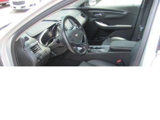 2017 Chevrolet Impala LT Dickson, Tennessee 8