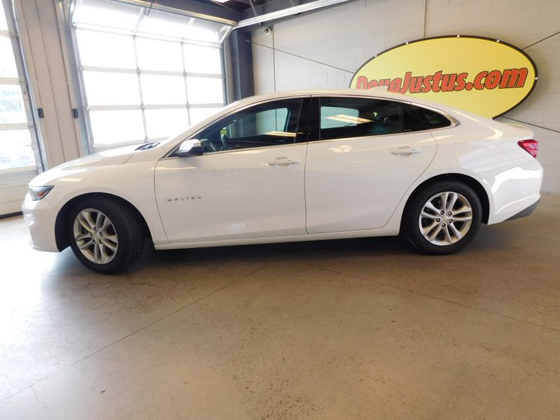 2017 Chevrolet Malibu LT  city TN  Doug Justus Auto Center Inc  in Airport Motor Mile ( Metro Knoxville ), TN