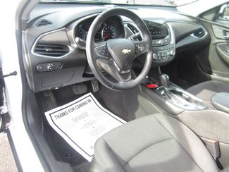 2017 Chevrolet Malibu LT Batesville, Mississippi 20