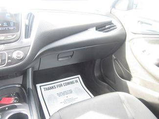 2017 Chevrolet Malibu LT Batesville, Mississippi 24