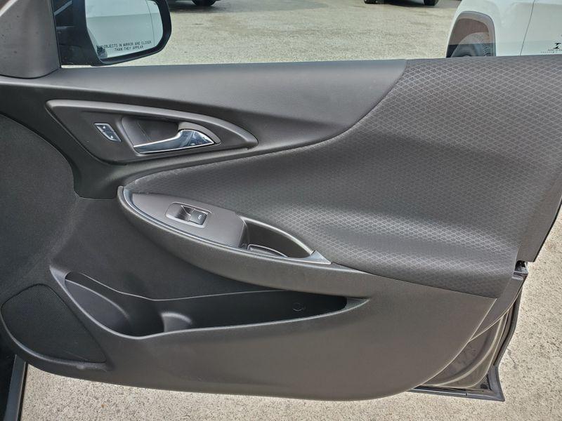 2017 Chevrolet Malibu LT  Brownsville TX  English Motors  in Brownsville, TX