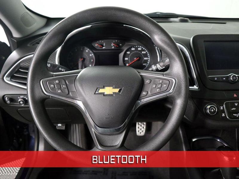 2017 Chevrolet Malibu LT  city Ohio  North Coast Auto Mall of Cleveland  in Cleveland, Ohio