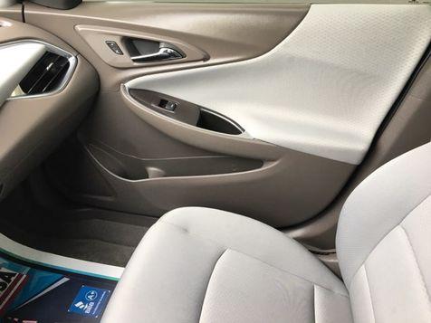 2017 Chevrolet Malibu LT Camera | Irving, Texas | Auto USA in Irving, Texas