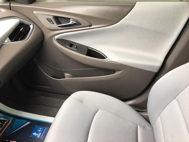 2017 Chevrolet Malibu LT Camera | Irving, Texas | Auto USA in Irving Texas