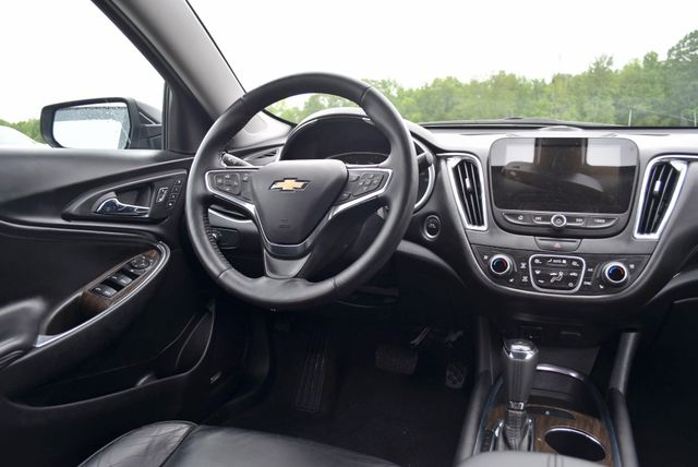 2017 Chevrolet Malibu Premier Naugatuck, Connecticut 15