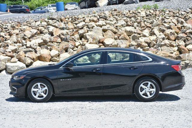 2017 Chevrolet Malibu LS Naugatuck, Connecticut 1
