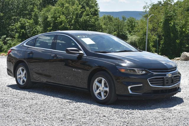 2017 Chevrolet Malibu LS Naugatuck, Connecticut 6