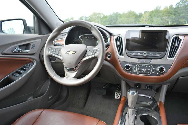 2017 Chevrolet Malibu Hybrid Naugatuck, Connecticut 15