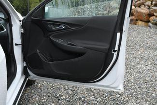 2017 Chevrolet Malibu Hybrid Naugatuck, Connecticut 10