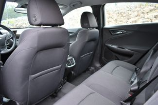 2017 Chevrolet Malibu Hybrid Naugatuck, Connecticut 13