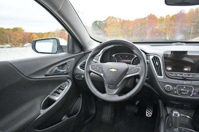 2017 Chevrolet Malibu LT Naugatuck, Connecticut 12