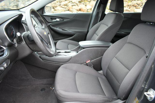 2017 Chevrolet Malibu Hybrid Naugatuck, Connecticut 19