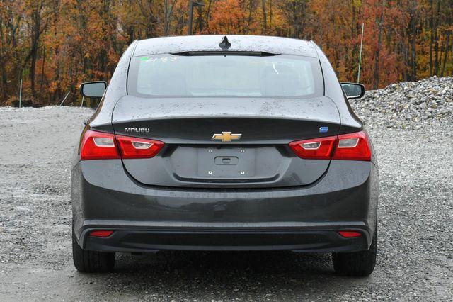 2017 Chevrolet Malibu Hybrid Naugatuck, Connecticut 3