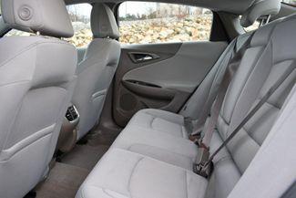 2017 Chevrolet Malibu Hybrid Naugatuck, Connecticut 14