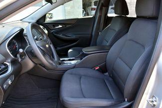 2017 Chevrolet Malibu LT Waterbury, Connecticut 10