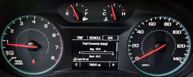 2017 Chevrolet Malibu LT Waterbury, Connecticut 24