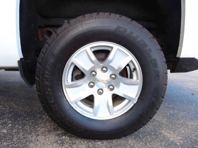 2017 Chevrolet Silverado 1500 LT Alexandria, Minnesota 28