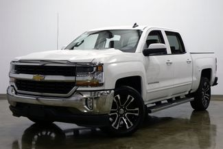 2017 Chevrolet Silverado 1500 LT Crew Cab One Owner in Dallas Texas, 75220