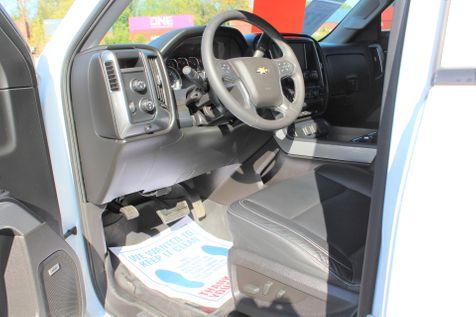 2017 Chevrolet Silverado 1500 LT   Granite City, Illinois   MasterCars Company Inc. in Granite City, Illinois
