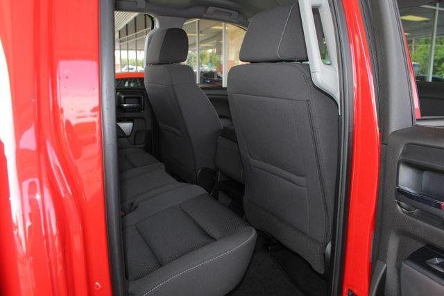 2017 Chevrolet Silverado 1500 LT Double Cab 4x4 - ALL STAR EDITION! Mooresville , NC 37
