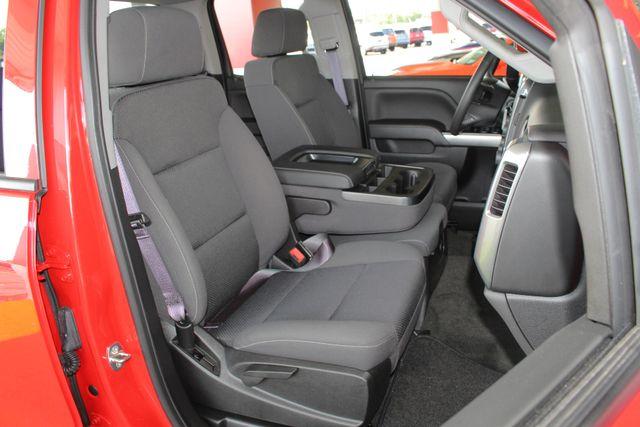 2017 Chevrolet Silverado 1500 LT Double Cab 4x4 - ALL STAR EDITION! Mooresville , NC 12