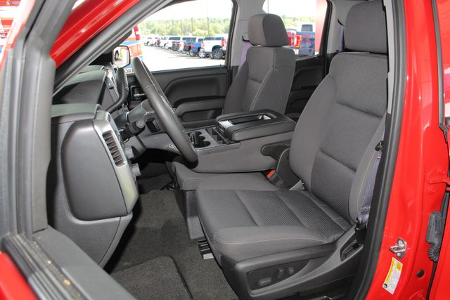 2017 Chevrolet Silverado 1500 LT Double Cab 4x4 - ALL STAR EDITION! Mooresville , NC 7