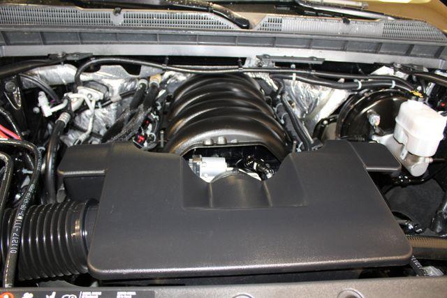 2017 Chevrolet Silverado 1500 High Country 4x4 in Roscoe, IL 61073