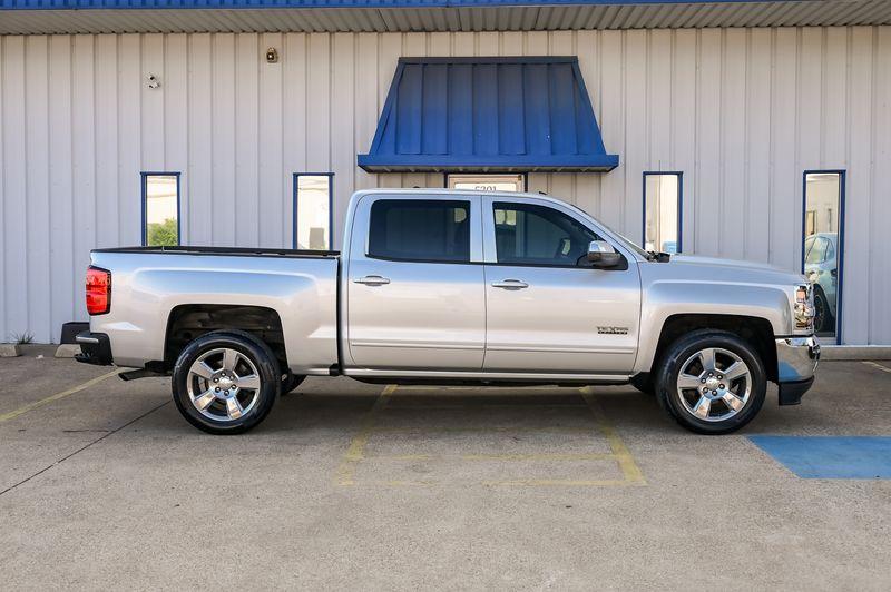 2017 Chevrolet Silverado 1500 LT V8/1OWNER/CLEAN/BT in Rowlett, Texas