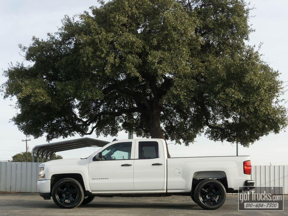 2017 Chevrolet Silverado 1500 4 Door Extended Cab Work Truck 4 3l V6 In San Antonio