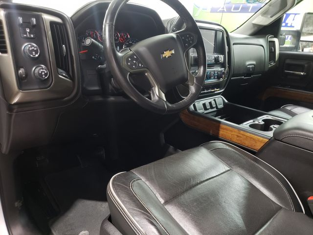 2017 Chevrolet Silverado 2500HD High Country Crew 6.0L in Dickinson, ND 58601
