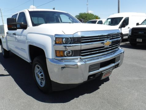 2017 Chevrolet Silverado 2500HD Crew Cab 2wd with New 8' Knapheide Utility Bed  in Ephrata, PA