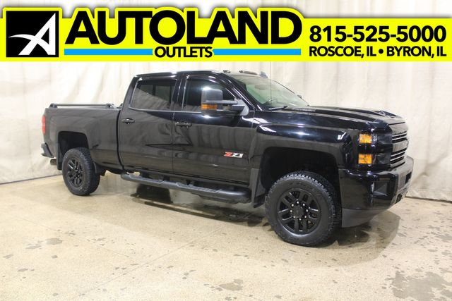 2017 Chevrolet Silverado 2500HD Midnight Edition 4x4 Diesel LTZ