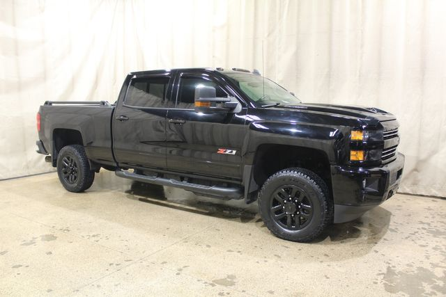 2017 Chevrolet Silverado 2500HD Midnight Edition 4x4 Diesel LTZ in Roscoe, IL 61073