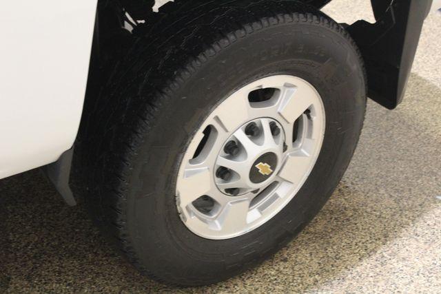 2017 Chevrolet Silverado 2500HD 4x4 Diesel LT in Roscoe, IL 61073