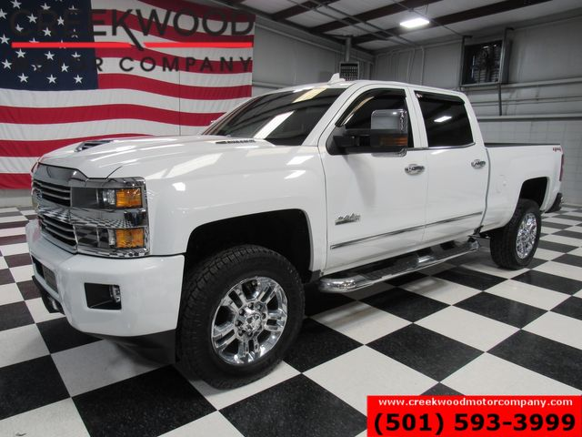 2017 Chevrolet Silverado 2500HD High Country 4x4 Diesel White New Tires 20s Nav in Searcy, AR 72143