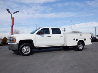 2017 Chevrolet Silverado 3500HD Crew Cab 2wd with New 9' Knapheide Utility Bed in Lancaster, PA PA