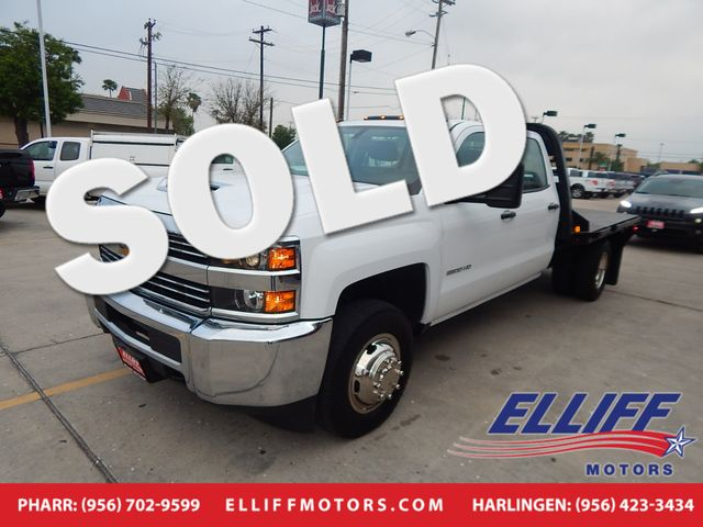 2017 Chevrolet Silverado 3500HD Flatbed Crew Cab 4X4 in Harlingen, TX 78550