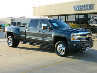 2017 Chevrolet Silverado 3500HD High Country in Gonzales, TX 78629