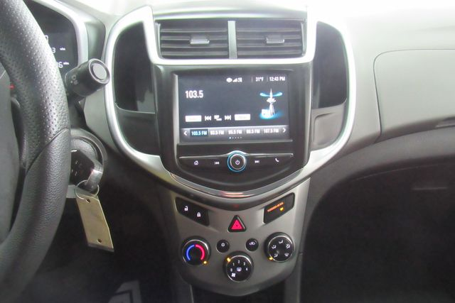 2017 Chevrolet Sonic LT W/ BACK UP CAM Chicago, Illinois 25