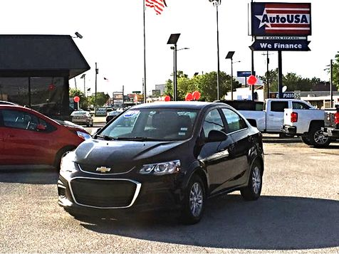2017 Chevrolet Sonic LT Cam | Irving, Texas | Auto USA in Irving, Texas
