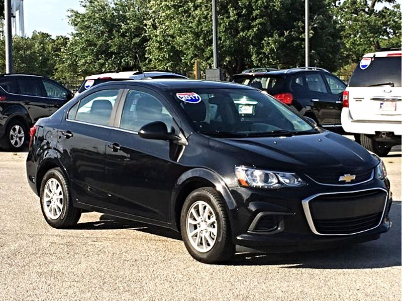 2017 Chevrolet Sonic LT Cam | Irving, Texas | Auto USA in Irving Texas